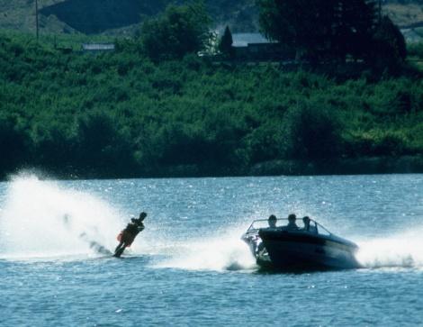 Water-skiing「24108645」:スマホ壁紙(7)