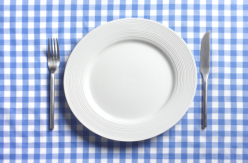 Blue Background「EMPTY PLATE WITH COPY SPACE」:スマホ壁紙(11)