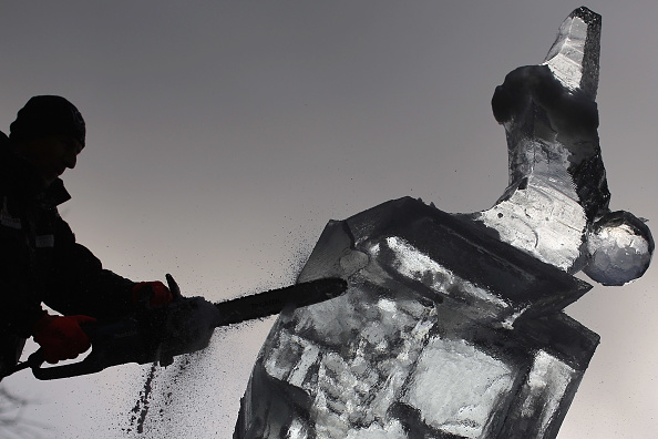 Ice Sculpture「The London Ice Sculpting Festival Returns To Canary Wharf」:写真・画像(9)[壁紙.com]