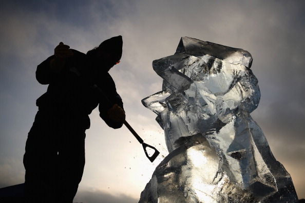 Ice Sculpture「The London Ice Sculpting Festival Returns To Canary Wharf」:写真・画像(17)[壁紙.com]