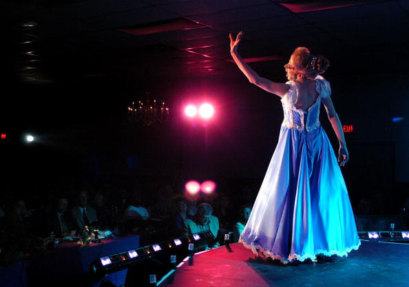 Stage - Performance Space「Miss Gay Pennsylvania USofA Crowned In New Hope, Pennsylvania」:写真・画像(14)[壁紙.com]