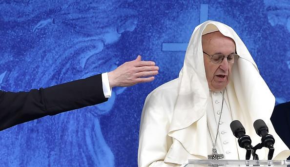 神社「Pope Francis Visits The Knock Shrine」:写真・画像(11)[壁紙.com]
