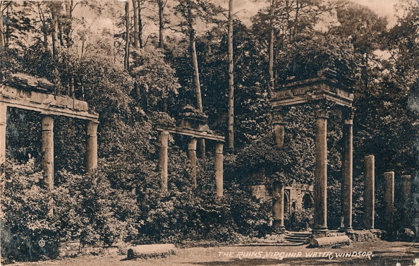 Transfer Print「The Ruins, Virginia Water, Windsor', c1917」:写真・画像(0)[壁紙.com]