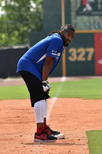 Larry Busacca「City of Hope Celebrity Softball Game at CMA Festival - Game」:写真・画像(6)[壁紙.com]