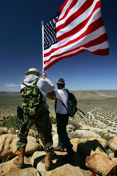 Baja California Peninsula「Minutemen Return To The Southern U.S. Border」:写真・画像(13)[壁紙.com]