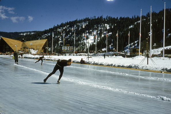 Winter Olympic Games「Speed Skaters Practice At 1960 Winter Olympics」:写真・画像(5)[壁紙.com]