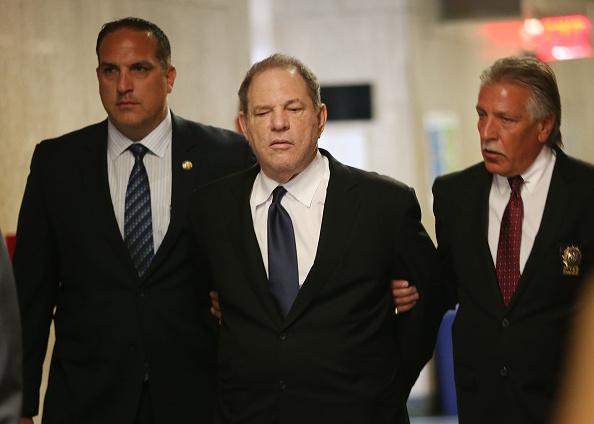 Cuff「Harvey Weinstein Returns To Court On Three New Felony Sex Crimes」:写真・画像(11)[壁紙.com]