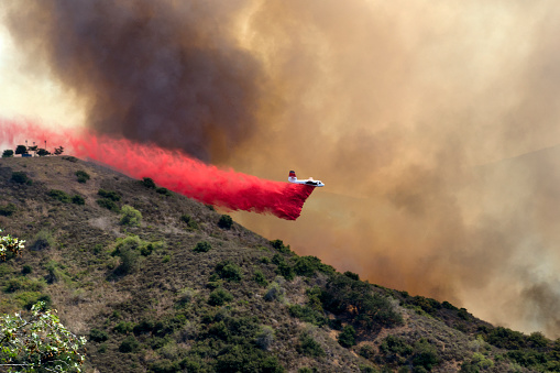 Inferno「Airplane Battling Wildfire in Southern California」:スマホ壁紙(6)