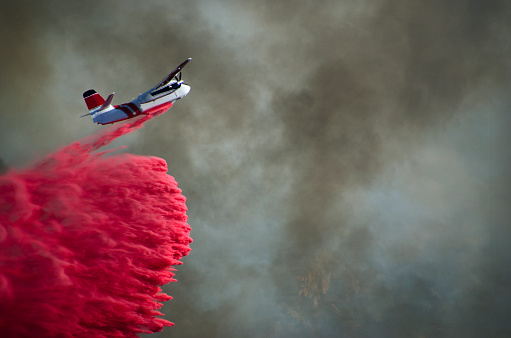 Inferno「Airplane Battling Wildfire in Southern California」:スマホ壁紙(16)