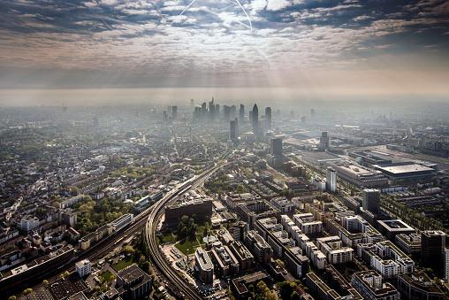 Growth「Aerial Shots of Frankfurt, Germany」:スマホ壁紙(17)