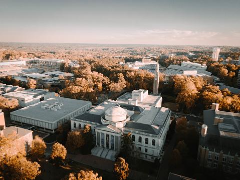 ノースカロライナ大学チャペルヒ...