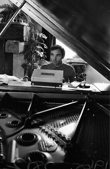 1人「Aznavour At Work」:写真・画像(13)[壁紙.com]