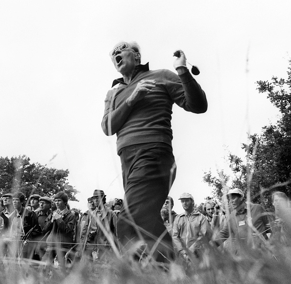 Tom Stoddart Archive「Gerald Ford Calls 'Fore'」:写真・画像(3)[壁紙.com]