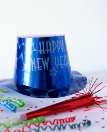 お正月「Party hat and favors」:スマホ壁紙(19)