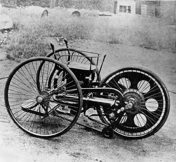 自転車・バイク「First Motorcycle」:写真・画像(14)[壁紙.com]