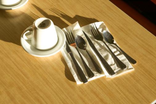 Dining「Tableware in a Diner」:スマホ壁紙(4)