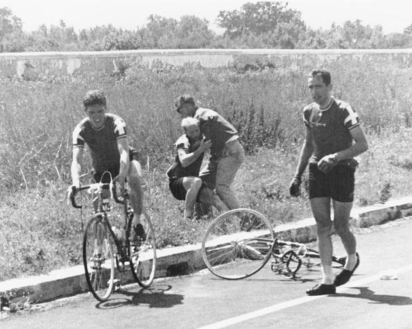 自転車・バイク「Cycling Accident」:写真・画像(15)[壁紙.com]