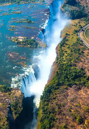 Spraying「Victoria Falls」:スマホ壁紙(15)