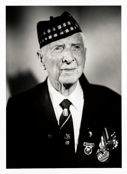 Christopher Furlong「Portraits Of British D-Day Veterans:  Bob Laverty」:写真・画像(3)[壁紙.com]
