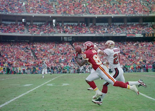 スポーツ用品「San Francisco 49ers vs Kansas City Chiefs」:写真・画像(10)[壁紙.com]