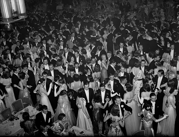 High Society「Debutantes' Ball」:写真・画像(6)[壁紙.com]