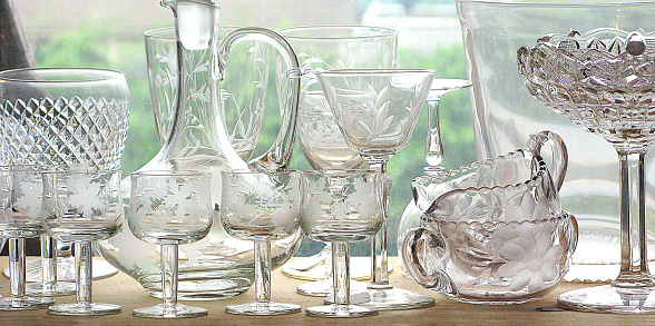 Etching「Antique clear, cut crystal glassware on a window sill in a home or a store」:スマホ壁紙(3)
