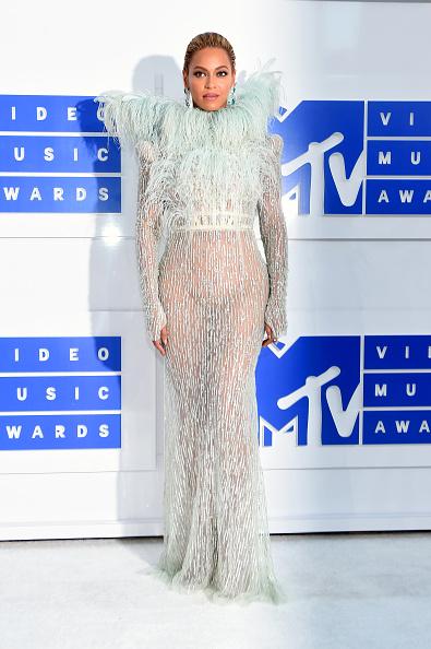 MTV Video Music Awards「2016 MTV Video Music Awards - Red Carpet」:写真・画像(10)[壁紙.com]