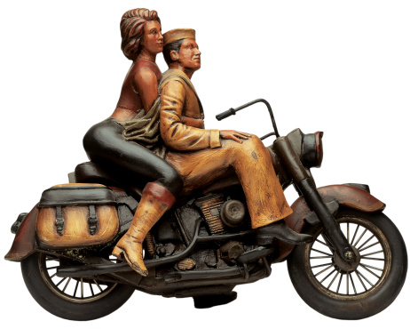 Motorcycle「model of a couple sitting on a motorcycle」:スマホ壁紙(17)