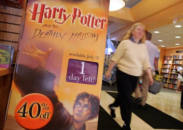 Justin Sullivan「Retailers Prepare To Cash In On Harry Potter Mania」:写真・画像(17)[壁紙.com]