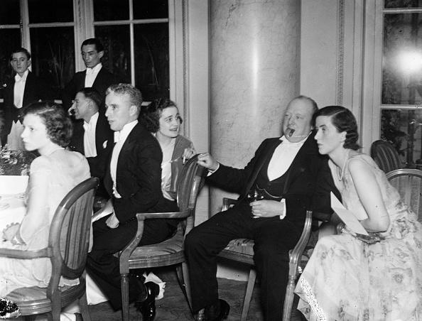 Politician「Chaplin Party」:写真・画像(15)[壁紙.com]