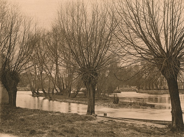 Water's Edge「Pangbourne Weir, 1902」:写真・画像(16)[壁紙.com]