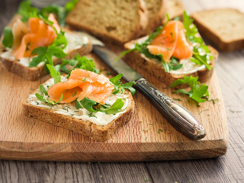 Sour Cream「smoke salmon with herb sour cream open sandwich」:スマホ壁紙(13)