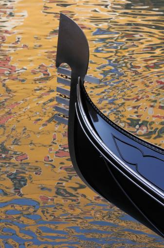 Gondola「Gondola in sea. Reflections of Venice」:スマホ壁紙(19)