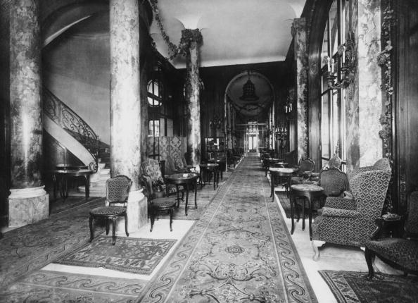 Rug「Ritz Interior」:写真・画像(0)[壁紙.com]