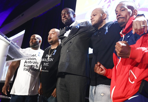 Five People「ACLU Honors Central Park Five At 25th Annual Luncheon」:写真・画像(7)[壁紙.com]