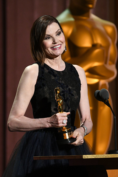 Geena Davis「Academy Of Motion Picture Arts And Sciences' 11th Annual Governors Awards - Show」:写真・画像(5)[壁紙.com]