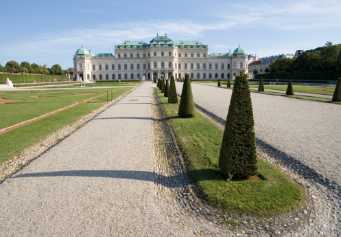 Formal Garden「Austria, Vienna, Belvedere palace, view from gardens」:スマホ壁紙(13)