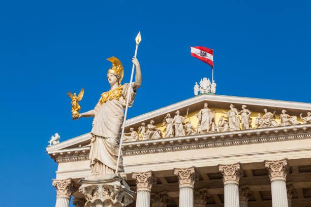 Austria, Vienna, parliament, Statue Pallas Athene, Austrian flag:スマホ壁紙(壁紙.com)