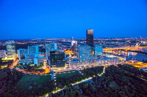 Austria「Austria, Vienna, Cityview, blue hour」:スマホ壁紙(10)