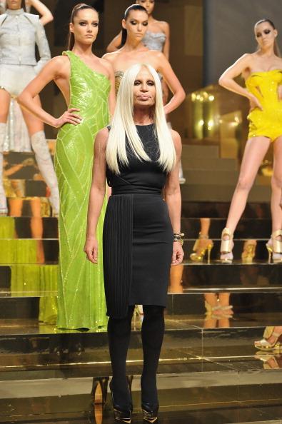 Stockings「Versace: Presentation - Paris Fashion Week Haute Couture S/S 2012」:写真・画像(12)[壁紙.com]