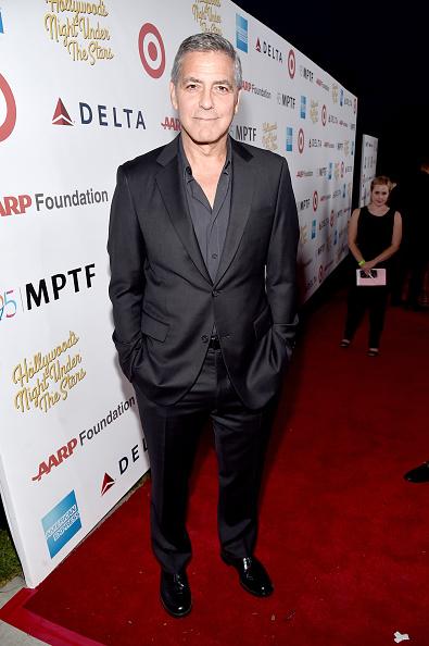 カメラ目線「MPTF Celebrates 95th Anniversary With 'Hollywood's Night Under The Stars' - Red Carpet」:写真・画像(10)[壁紙.com]