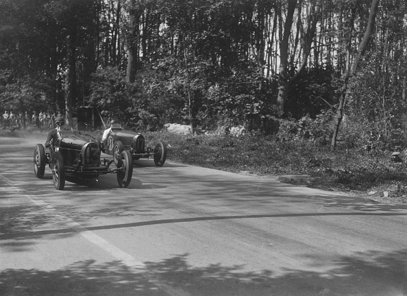 Leicestershire「Bugattis of Jock Leith and Teddy Rayson racing at Donington Park, Leicestershire, 1935」:写真・画像(13)[壁紙.com]