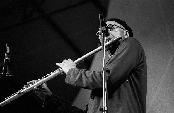 フルート「Charles Lloyd, Brecon Jazz Festival, Powys, Wales, August 2000」:写真・画像(6)[壁紙.com]