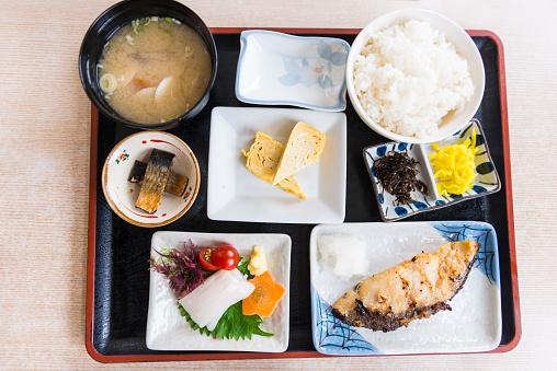 和食「日本料理 - ご飯と meckerel」:スマホ壁紙(19)