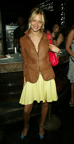 Annabelle Dexter Jones「Teen Vogue Party Held To Benefit The Rainforest Foundation」:写真・画像(9)[壁紙.com]