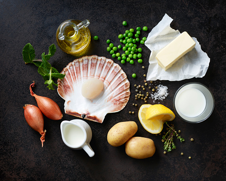 Mollusk「Ingredients for scallops on nut butter with pea and mint puree」:スマホ壁紙(9)