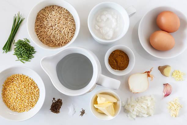 Ingredients for preparing vegetarian kedgeree:スマホ壁紙(壁紙.com)