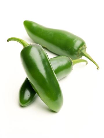Jalapeno Pepper「Jalapeno peppers on white」:スマホ壁紙(12)
