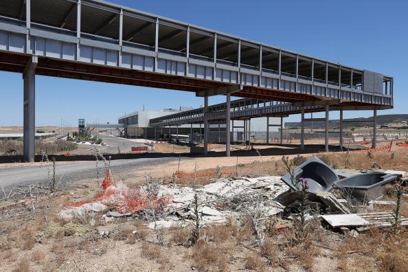 Economy「Economic Crisis Forces Mothballing Of Cuidad Real International Airport」:写真・画像(9)[壁紙.com]