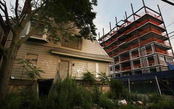 Empty「Housing Crisis Hits Rockaways In New York」:写真・画像(15)[壁紙.com]